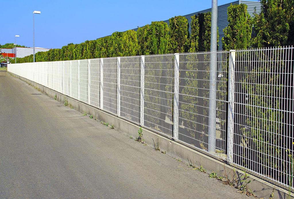 Забор из арматурной сетки